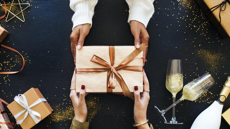 Blogue - 6 façon de redonner à son prochain à Noël | Place du Centre